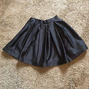 TOOTSIES Black Sateen Pleated Short Skirt